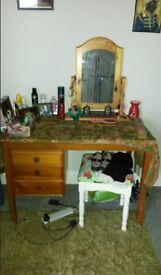 vanity unit with mirror