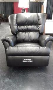 NEW Toronto Maple Leafs Big Daddy Leather Reclining Chair
