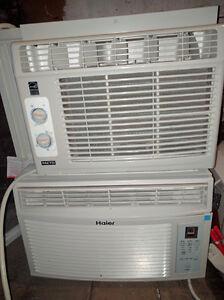 Climatiseur pour fenêtre de 8 000 BTU de marque Haier