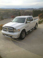 Beautiful 2012 Dodge Ram 1500 Laramie - Loaded - Must Sell