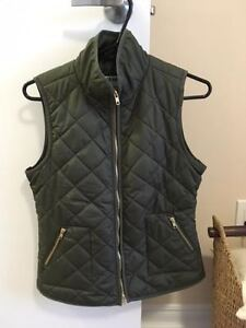 Ladies OLD NAVY Quilted Vest - Green - XS
