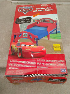 Disney/Pixar Cars 3D Plastic Toddler Bed