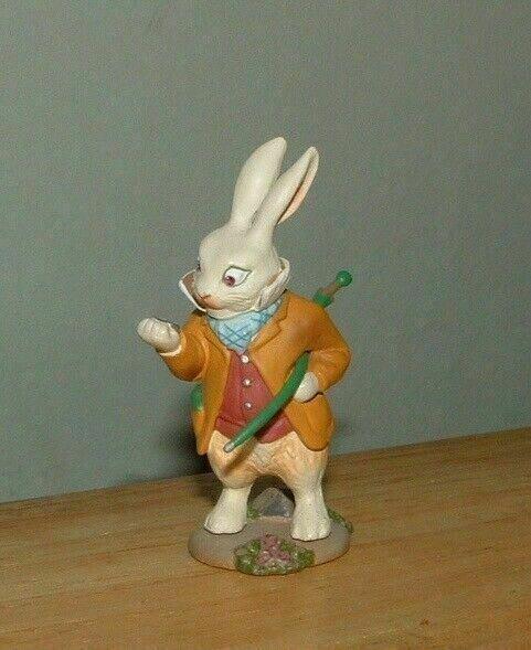 KAIYODO  Alice In Wonderland LATE WHITE RABBIT Figure SIR JOHN TENNIEL
