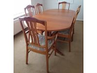 Parker Knoll Dining Table & 6 Chairs