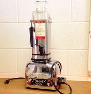 Viintage Vitamix 3600 with juice strainer attachment