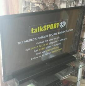 "50 "" LG HD TV FREEVIEW BBC IPLAYER 1080p + LG SOUNDBAR"