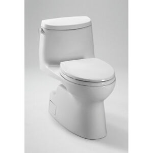 TOTO CARLYLE ONE PIECE SKIRTED TOILET WHITE- NEW!