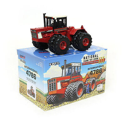 1/64 ERTL CASE IH INTERNATIONAL 4786 4WD 2015 NATIONAL TOY SHOW TRACTOR