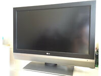 LG 37LC2D 37in LCD TV