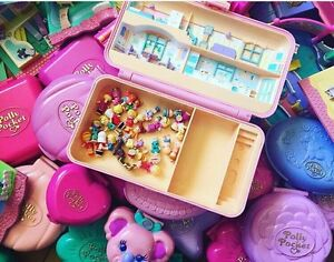 Looking for vintage 1989-1997 Polly pockets!
