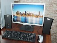"""Acer AL1916w - LCD Widescreen Monitor - 19"""" Speakers USB Keyboard and Mouse PC Set"""