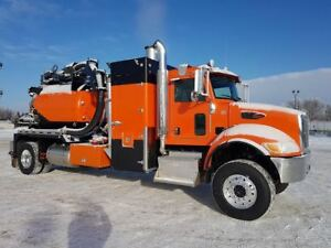 2016 Peterbilt with Foremost Hydrovac