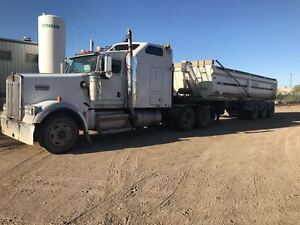 2011 ERNIE TRI AXLE END DUMP TRAILER AND 2004 KENWORTH W900