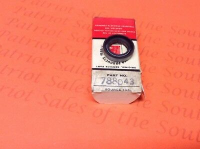 1 Tecumseh Engine Seal Part 788043 New Old Stock