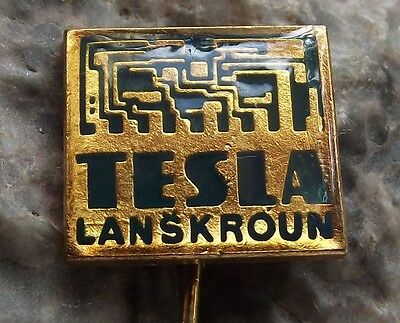 Tesla Lanskroun PCB Circuit Boards Capacitors Condenser Computing Pin Badge