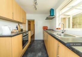 2 bedroom house in Thomas Street, Rochester, Kent, ME1 (2 bed)
