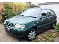 VW Polo 1.4 Match 5 door in racing green - great condition