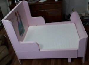 Toddler bed - IKEA Busunge bed, light pink