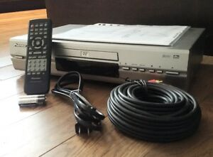 PIONEER DVD PLAYER DV-340,  Excellent Condition - Like New London Ontario image 1