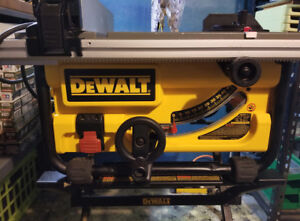 DEWALT DW745 10-Inch Table Saw with Stand Mint Condition