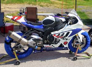 BMW HP4 COMPETITION (RACE BIKE) better than S1000RR!