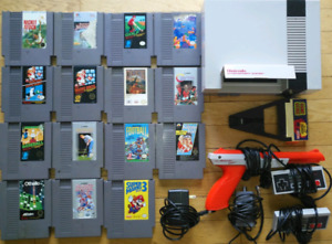Nintendo NES, 15 games, hookups and extras