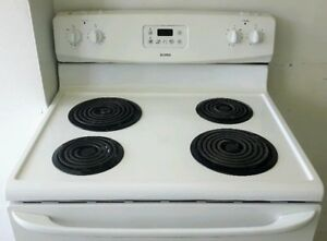 30in Electric Range, excellent condition (can deliver)