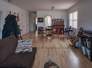 Big room for rent in Hull - Close to federal buildings - January Gatineau Ottawa / Gatineau Area image 2