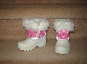 Boots and Footwear sz 5 to 7, Clothes 24m, size 2, 3