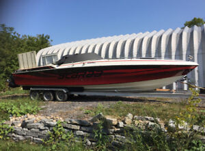 1985-86 30' SCARAB II in running condition