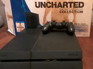 Ps4 with 3 games excellent condition