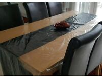 160 cm wood table with 4 leather chairs