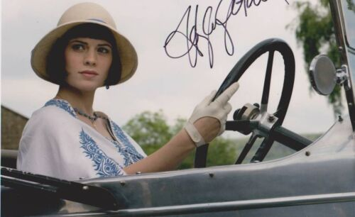 Hayley Atwell signed 10x8 Image B photo (UACC  approved dealer COA)