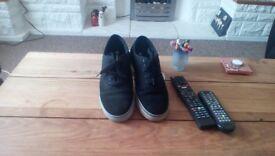 Airwalk trainers black size 8.5