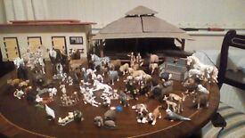 Schleich animal nursery and stable block with 68 various animals and a rabbit's hutch