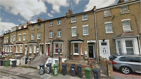 Lewisham/Hither Green SE13. Newly Refurbished/Redecorated 5 Bed Furnished House with Garden