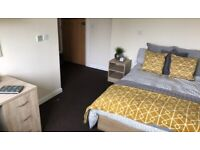 STUDENT ROOM TO RENT IN PRESTON. EN-SUITE AND STUDIO WITH PRIVATE ROOM, BATHROOM AND STUDY SPACE