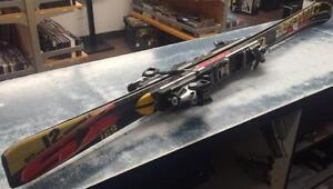 Superbe paires de Ski Alpin de marque ATOMIC, modèle AEROSPEED 2