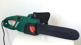 BLACK & DECKER electric chainsaw 35cm blade VGC