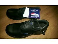 Safety shoes size 11 new