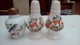 AYNSLEY SALT & PEPPER SET + SMALL AYNSLEY POT