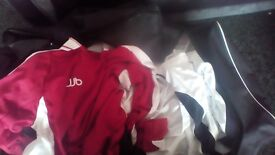 4 full outfield football kits with goalkeeper shorts