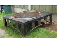 Black iron Fire Pit - Barbeque, Square 85 x 85 x 30 cm.