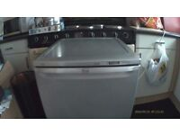 fridge in very good clean working order no freezer