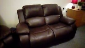 Suite - 2 Str Sofa and 2 Armchairs
