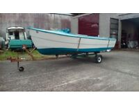 Boat 18ft fibreglass and trailer air cooled engine fishing boat £800