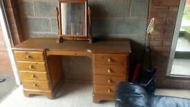 Pine dressing table and mirror DUCAL