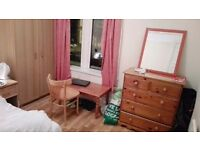 Double Room in a shared house is available since 1-dec.