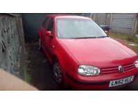VW Golf 1.6 red