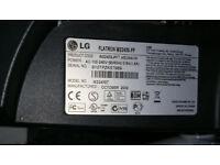 "LG Flatron W2243S-PF 22"" Monitor"
